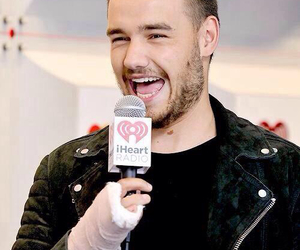 smile and liam payne image