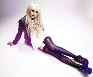 Taylor Momsen, sexy, and the pretty reckless image