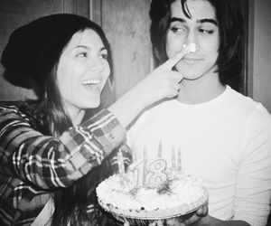 couple, cute, and victoria justice image