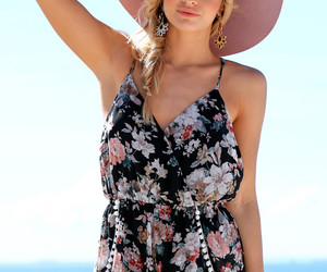 rompers and fashion image
