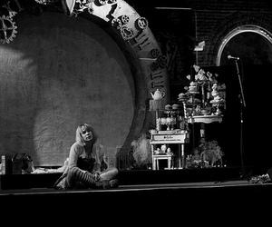 Emilie Autumn, captain maggots, and concert image