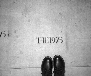 the 1975, grunge, and band image