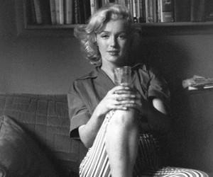 Marilyn Monroe and marilynmonroe image