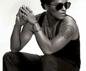 bruno mars, Hot, and sexy image