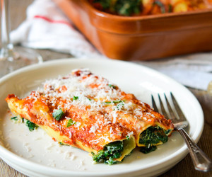 italian, spinach, and pasta image