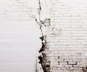 white wall image