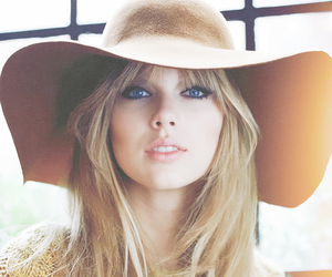 cat eyes, Taylor Swift, and summer days image
