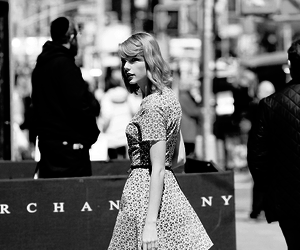 fashion, Taylor Swift, and taylorswift image