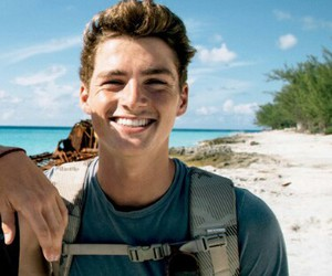 boy and finn harries image