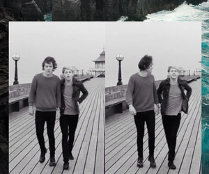 wallpaper, niall horan, and Harry Styles image