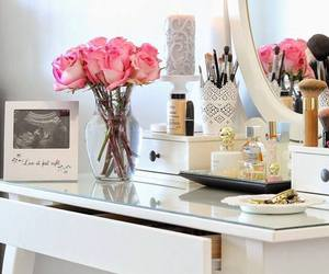 flowers, room, and makeup image