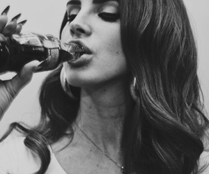 lana del rey, lana, and black and white image