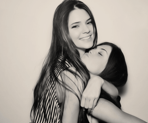 kendall jenner, sisters, and kylie jenner image