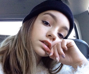 beanie, girl, and pretty image