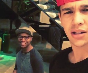 piano, mahomies, and red image