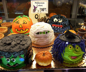 cake, Halloween, and food image