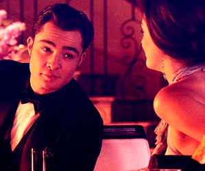 gossip girl, chuck bass, and chair image