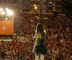 argentina, concert, and girl image