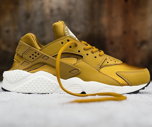 huarache, nike, and shoes image