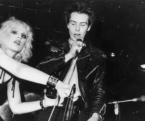 sid vicious, Nancy Spungen, and black and white image