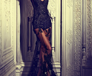 black, classy, and dreamy image