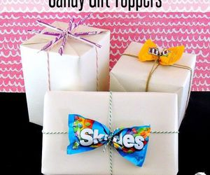 candy and gift bow image