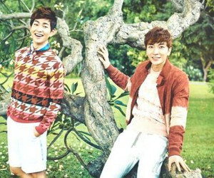Onew, SHINee, and super junior image