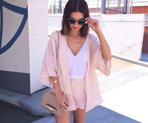 bags, top, and kimonos image