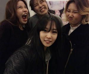 mamamoo, kpop, and solar image