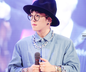 taeil, cute, and glasses image