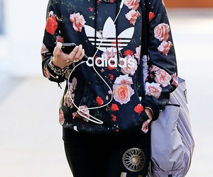 outfit, adidas, and flower image