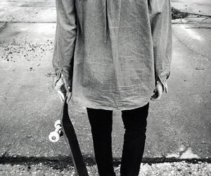 skate, black and white, and skateboard image