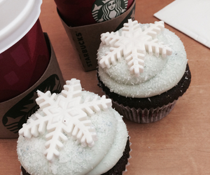 cupcake and sturbucks image