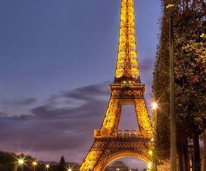paris and night image
