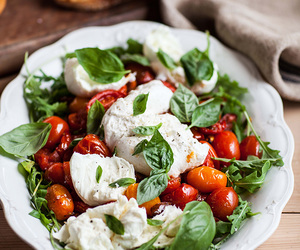 basil, tomato, and mozzarella image