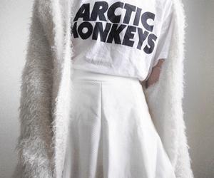 white, arctic monkeys, and grunge image