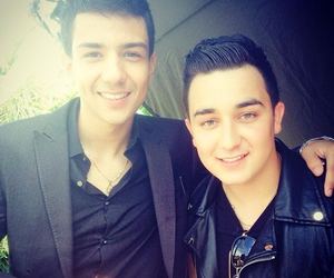 kevin ortiz and luis coronel image
