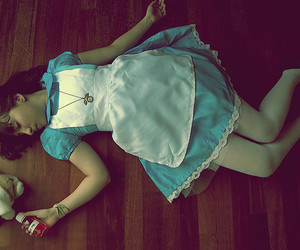 alice, dress, and gnv image