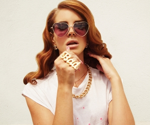 beauty, heart glasses, and lana del rey image