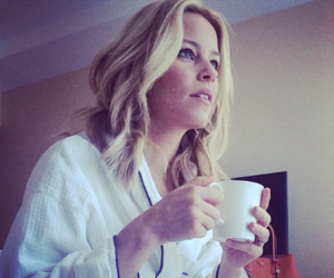 blonde, Elizabeth Banks, and cup image