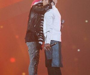 big bang, g-dragon, and gdyb image