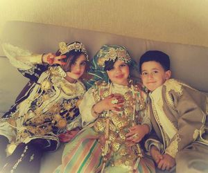 libyans and libyan clothing image