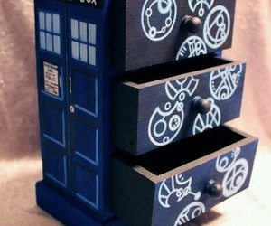 bbc, box, and doctor who image