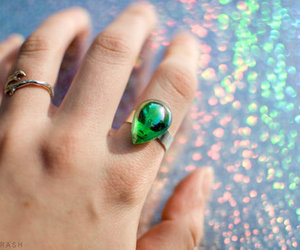 alien, ring, and grunge image
