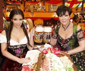 beer, oktoberfest, and kardashians image