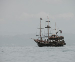 pirate ship image