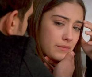 serie, Turkish, and hazal kaya image