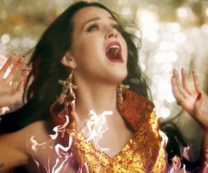 katy perry, unconditionally, and gritar image