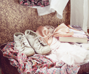 vintage, shoes, and pink image