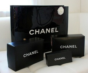 beauty, chanel, and shopping image
